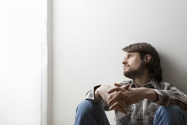 أعراض نشاط الغدة الدرقية والاكتئاب
